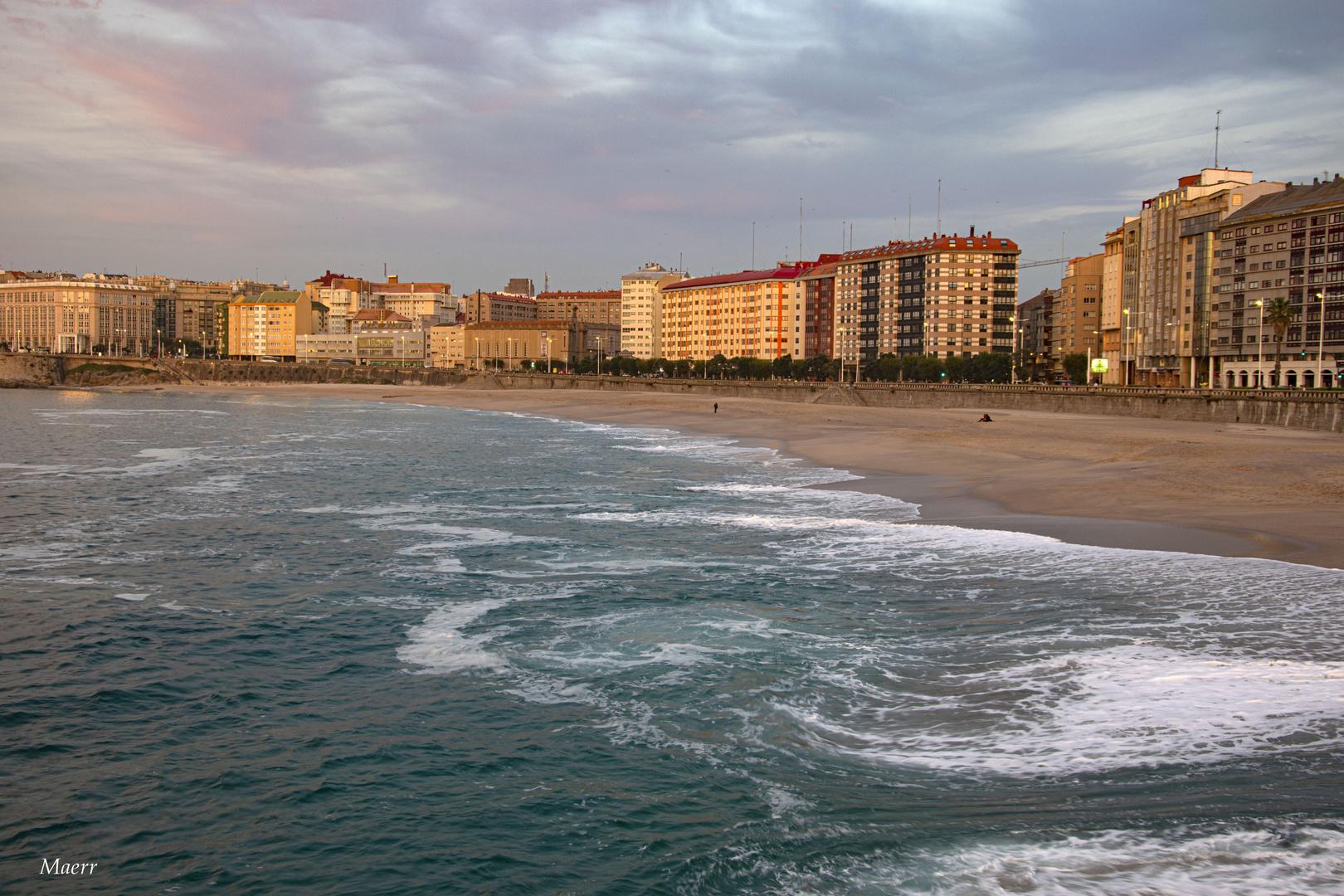 Puesta de sol en Riazor. La Coruña.