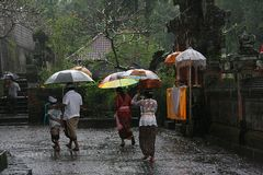 Pura Samuan Tga, ein Regentag