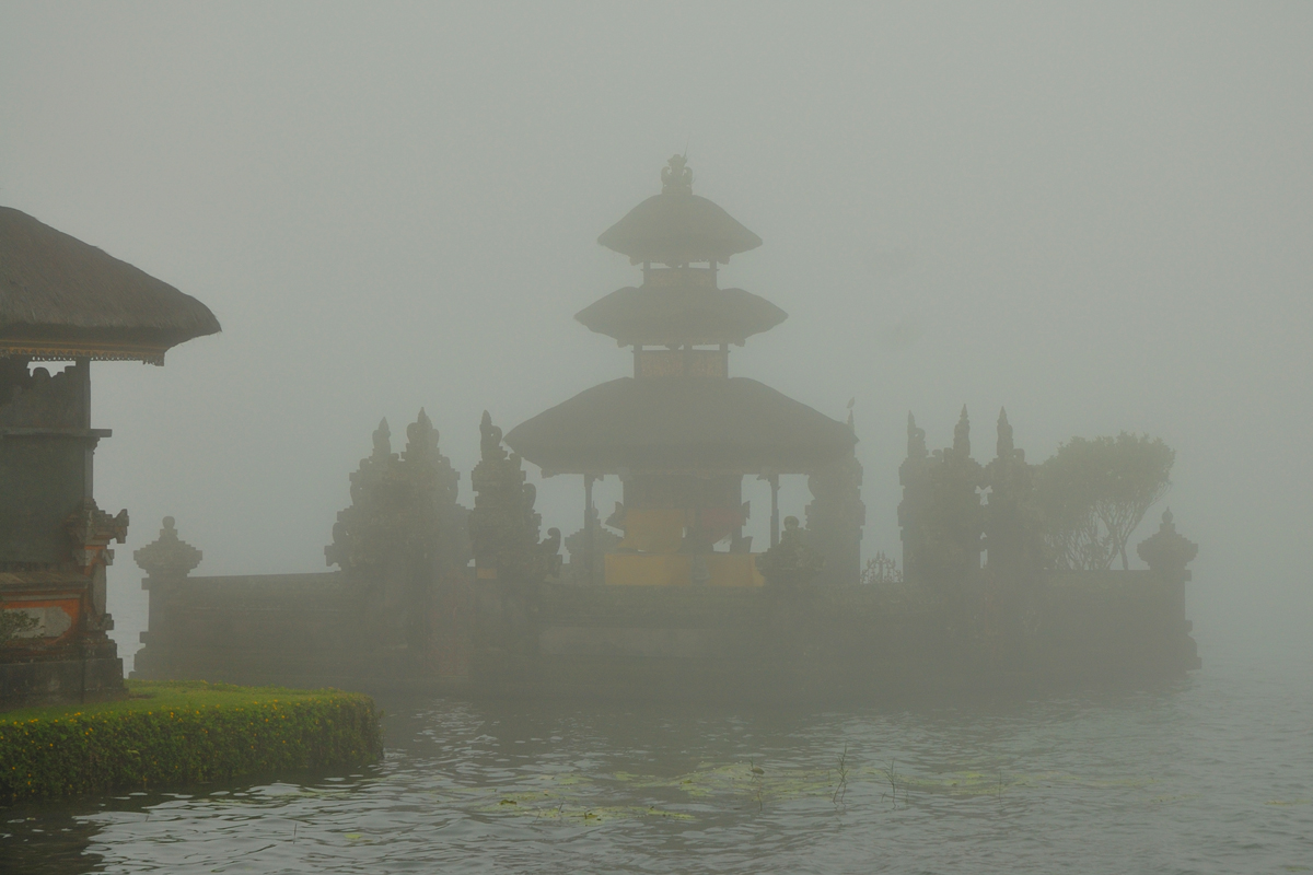 Pura Ulun Danu Bratan in the fog