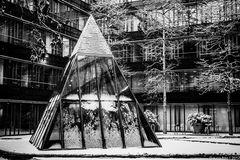 Pyramide im Schnee