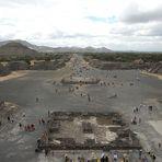Pyramids Teothiuacan Mexico