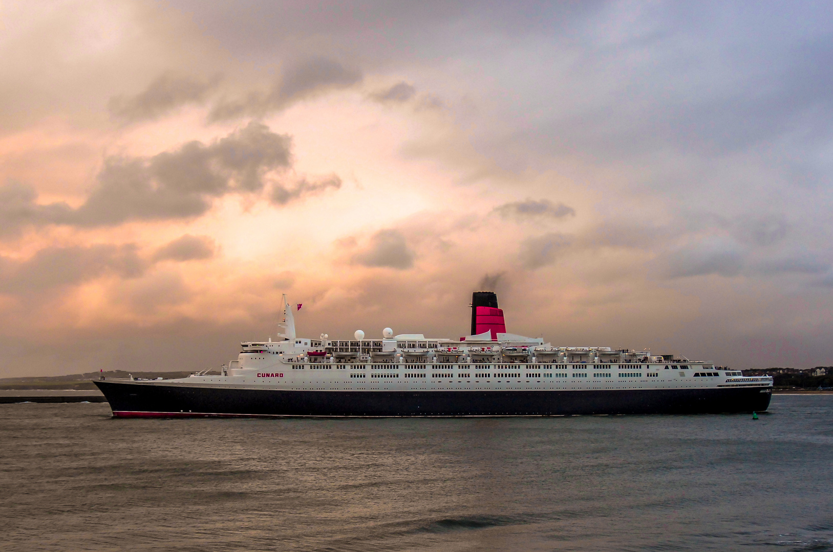 'QE2 Still on thr river Tyne'