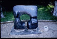 Quadratische Form mit Einschnitt (1969)