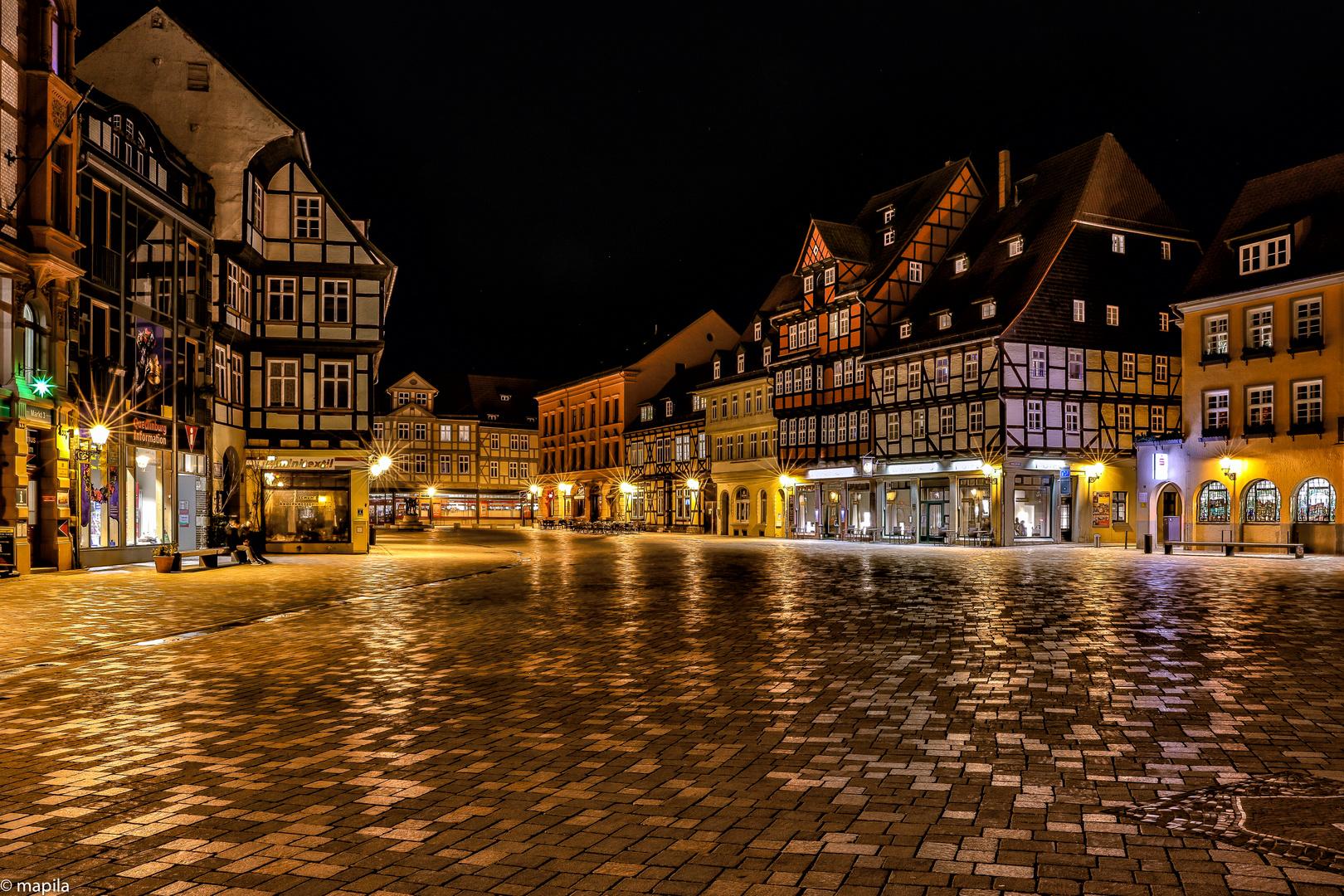 ——— Quedlinburg Marktplatz ———