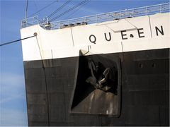 Queen Mary 1 .....
