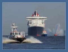 Queen Mary 2 - 10 Jahre in Hamburg