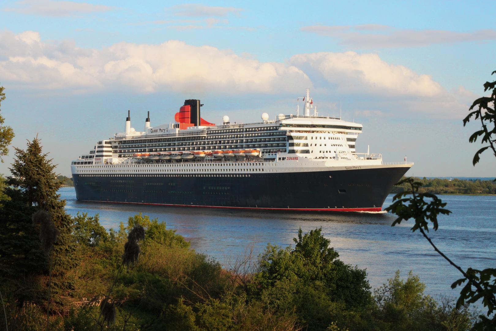 Queen Mary 2 auf Kurztrip