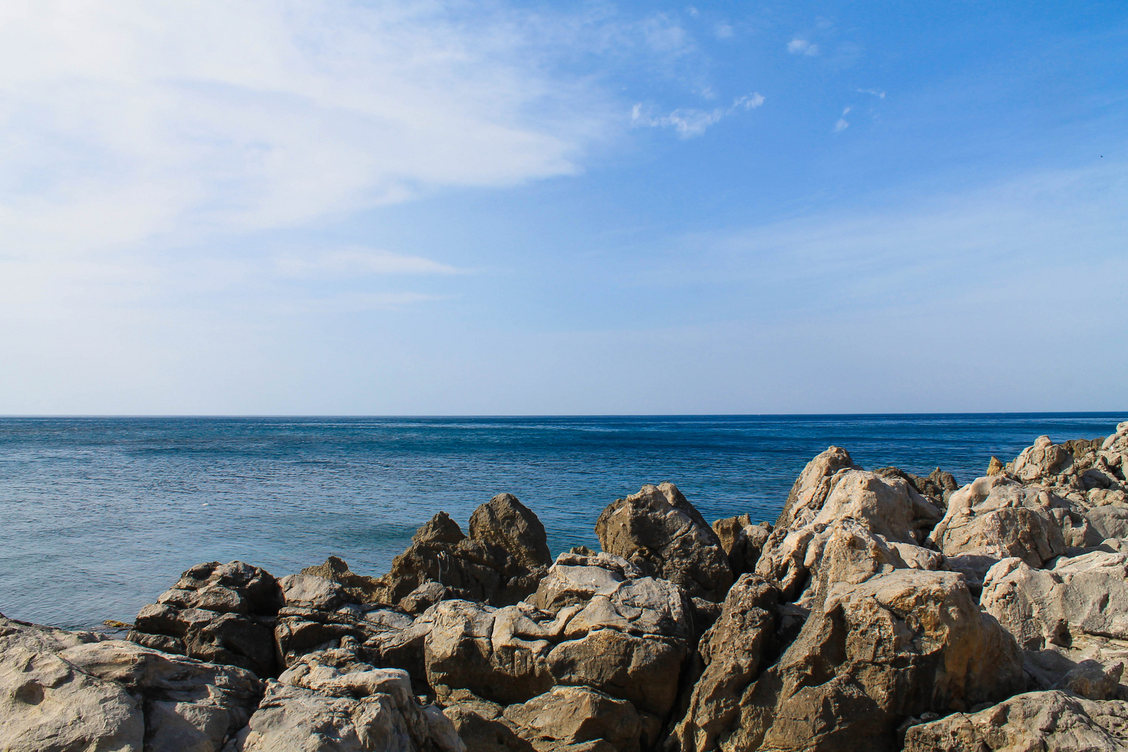 Questo è il mio mare,il mio mondo che sol di sogni vie!