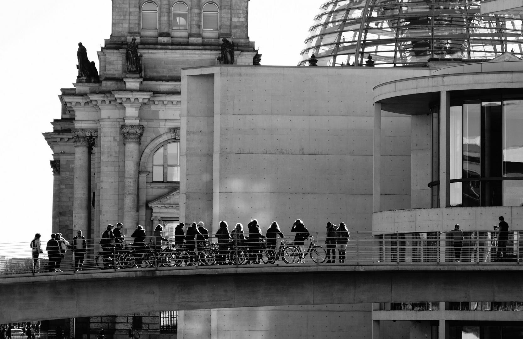Radfahrer im Regierungsviertel