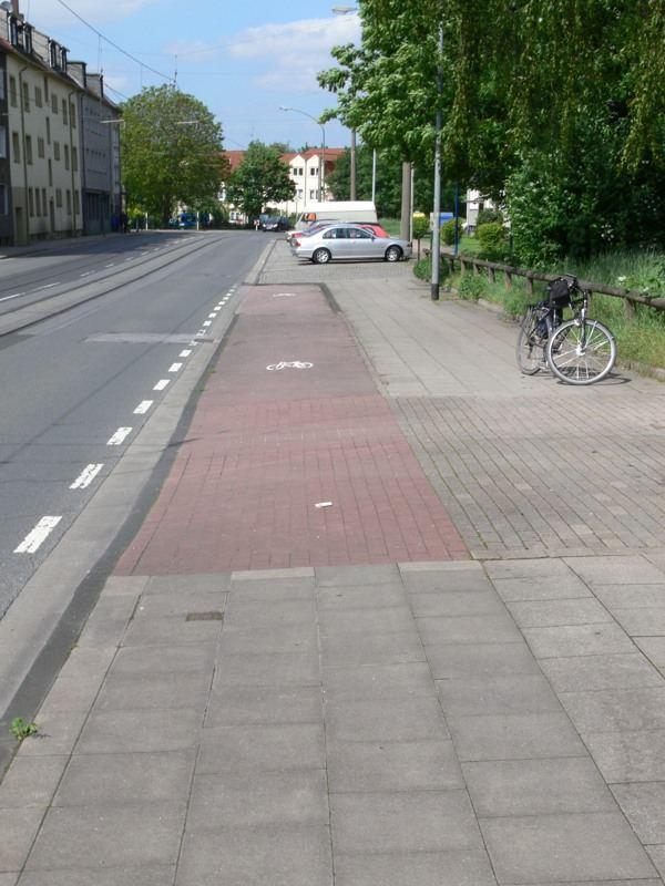 Radfahrer, kommst Du nach Essen... (2)