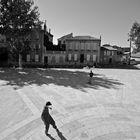 ragazzi in piazza , Avignone 2006 .