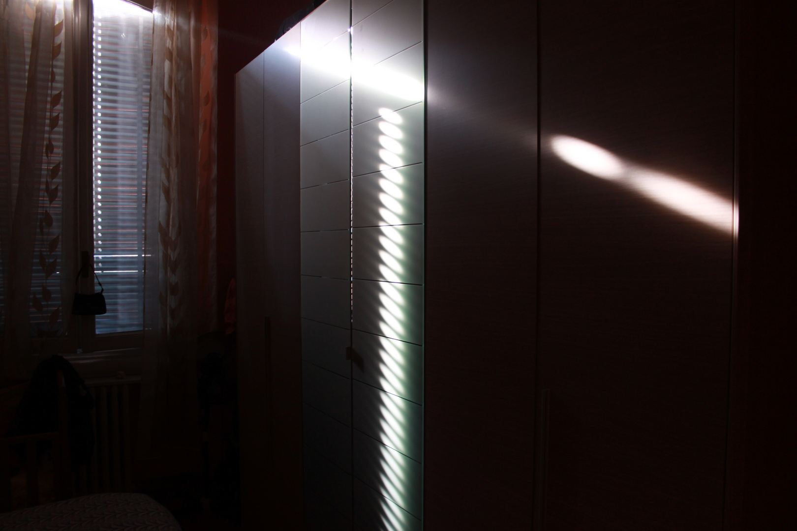 Raggi nell'armadio