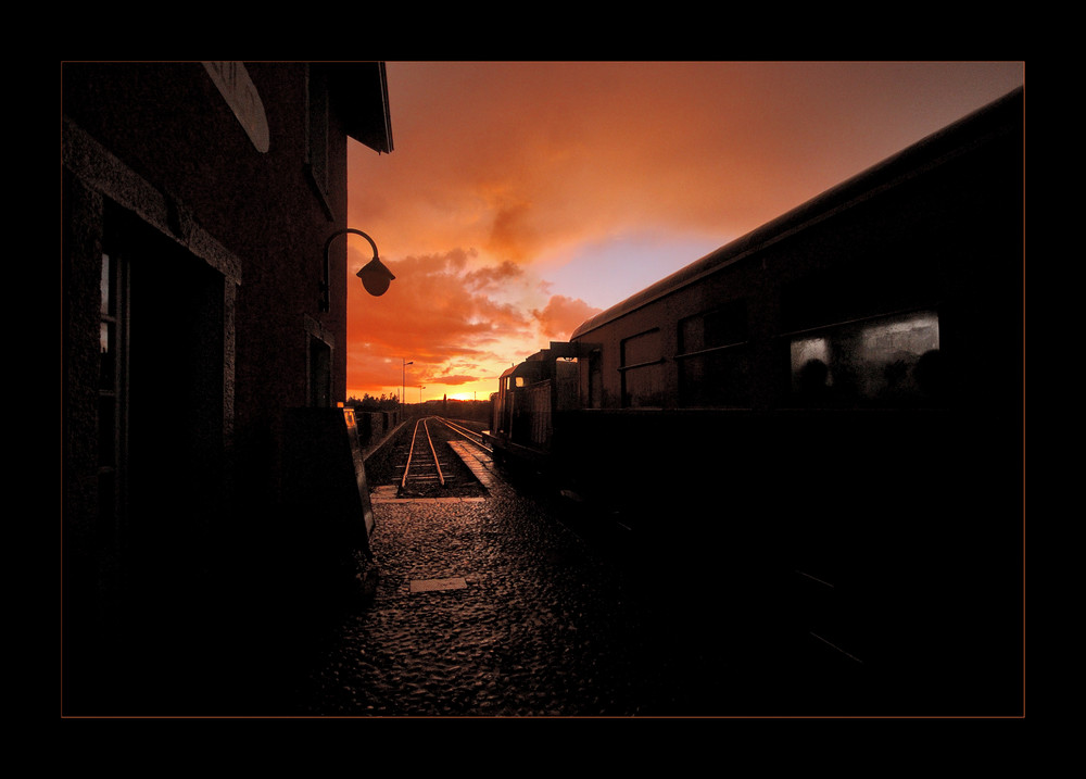 :::::: rail sunset ::::::