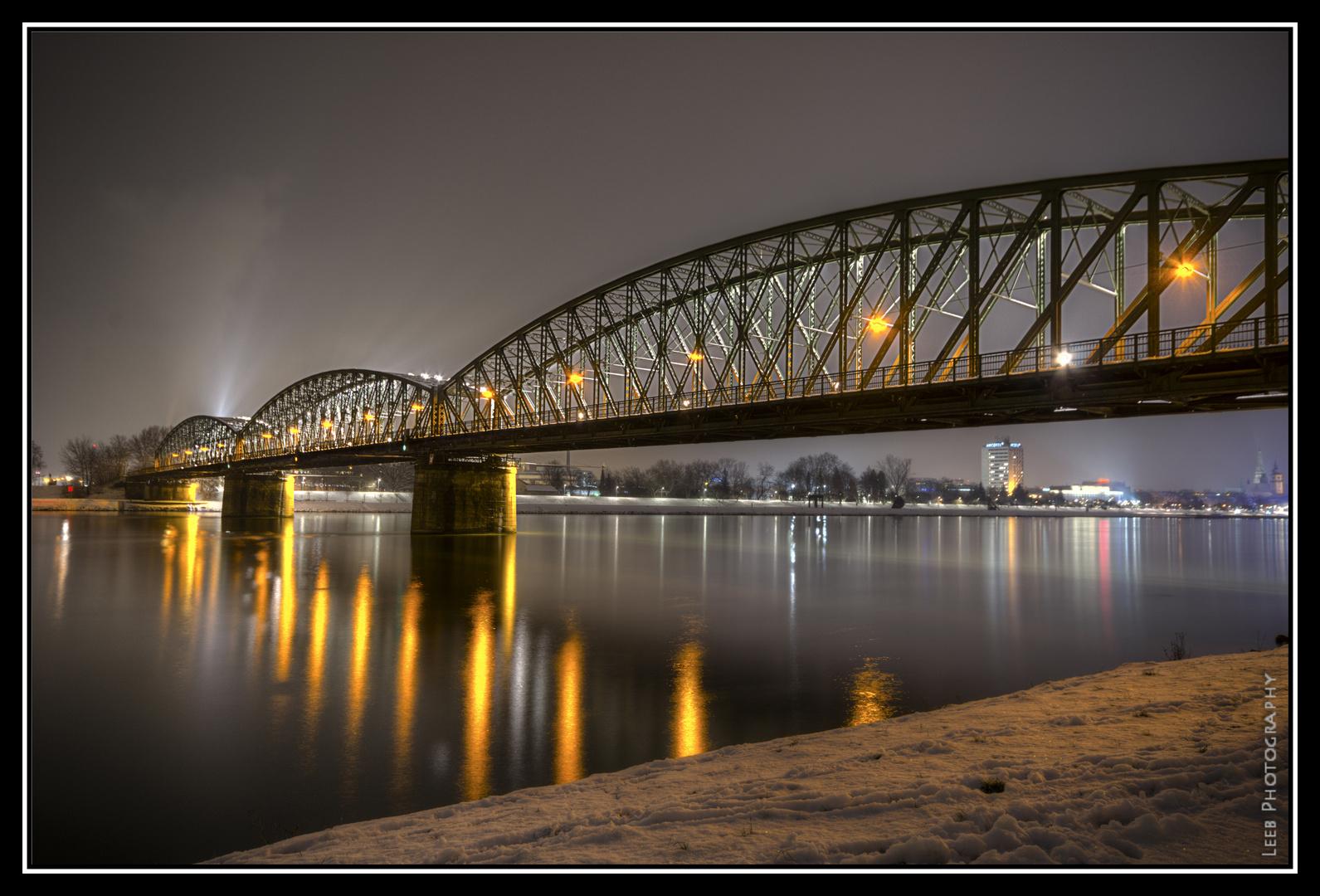 Railwaybridge @ Night