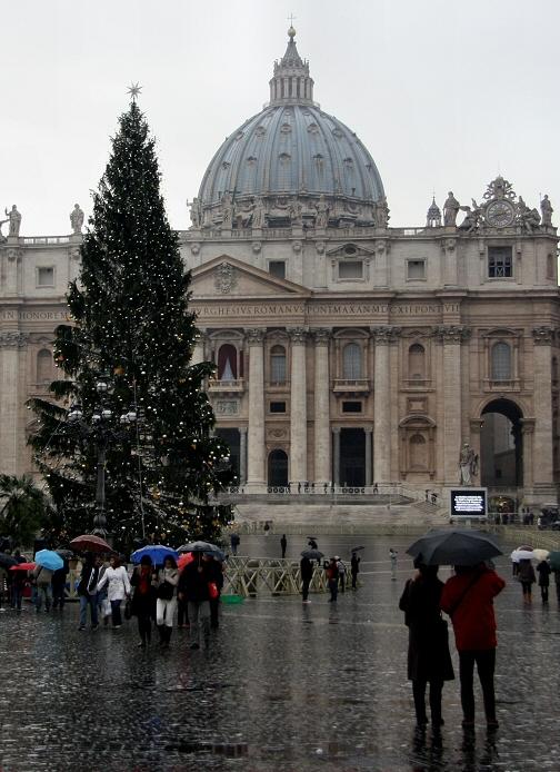 Rainy Christmas in Rome.