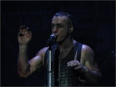 Rammstein - Till - O2 World, Berlin, 15.12.2011