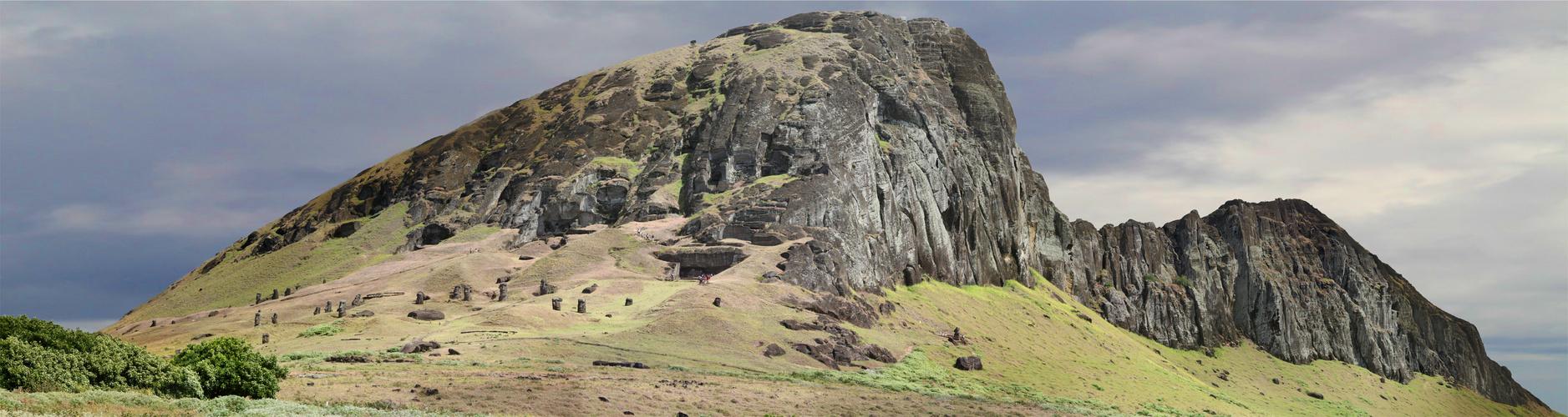 Rano Raraku – die Bildhauerwerkstatt der Moai's auf Rapa Nui (Osterinsel)