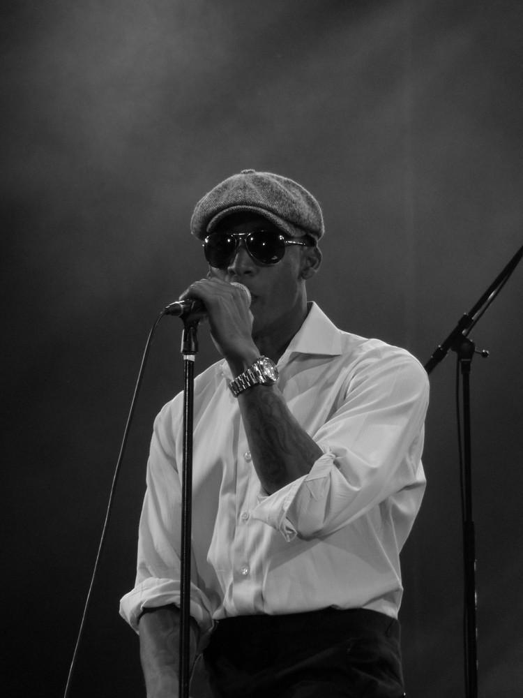 raphael saadiq live at cognac 2009 n° 2