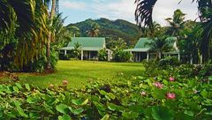 ** RAROTONGA THE BEAUTY**