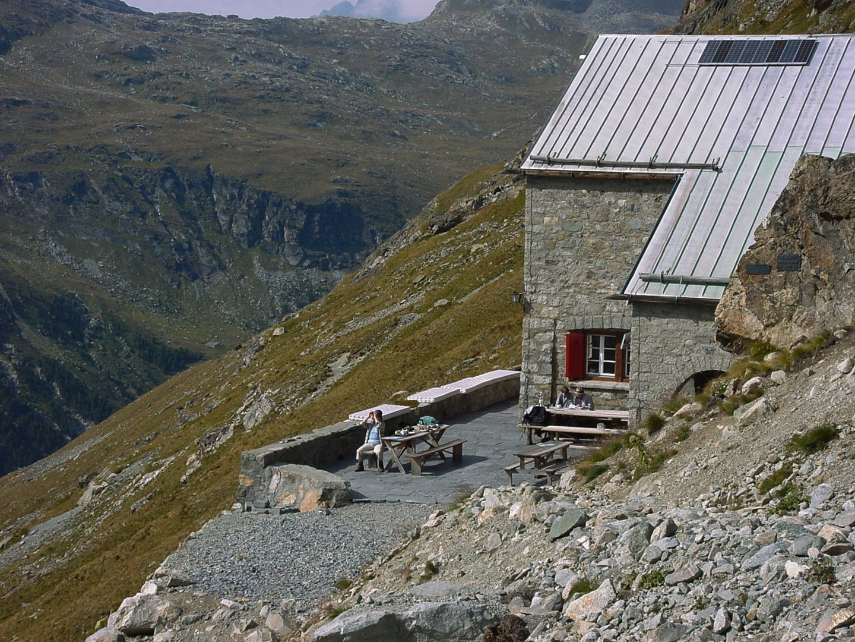 Rast an der Tschierva Hütte