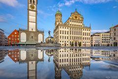 Rathaus Augsburg Spiegelung
