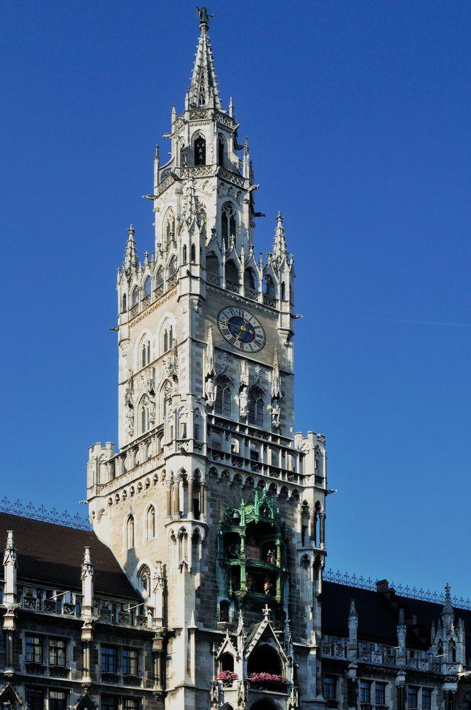 Rathaus in München - neu