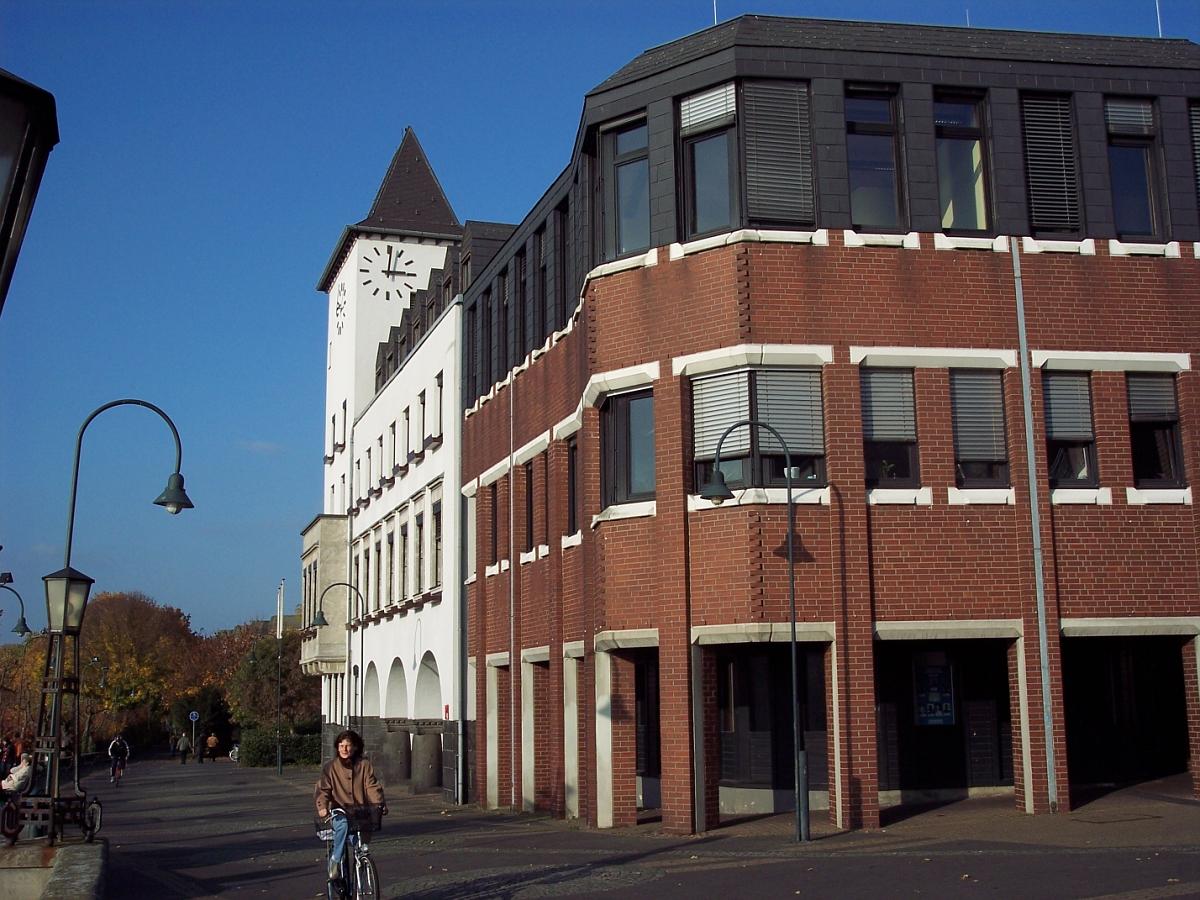 Rathaus Köln Porz