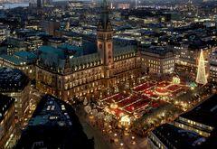 Rathausmarkt @ Night