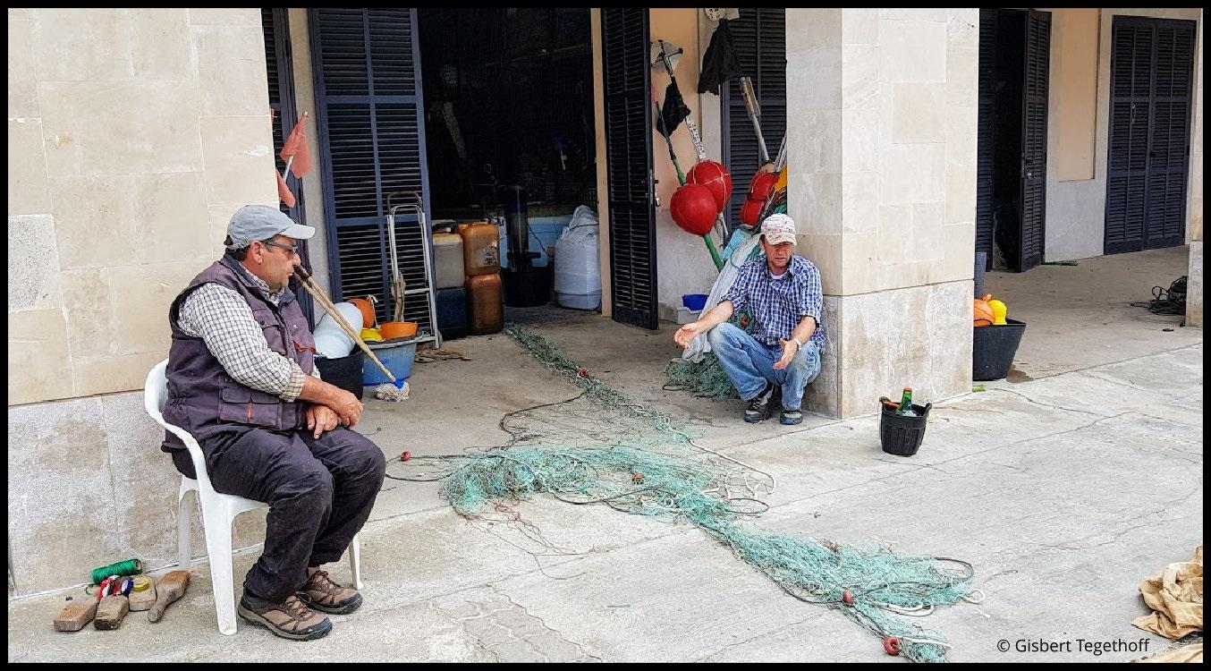 Ratlose Fischer - lohnt sich das Flicken des Netzes noch ?