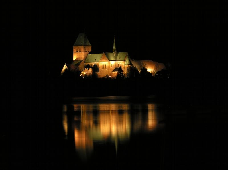 Ratzeburger Dom bei Nacht