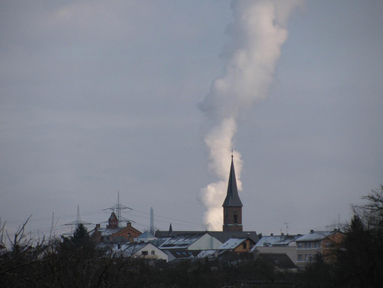 Rauch hinterm Turm