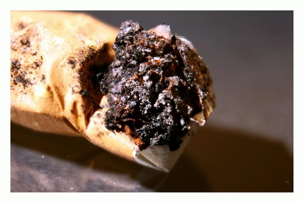 Rauchen gefährdet ihre Gesundheit !!!
