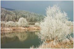 Raureif-Zauber im Weserbergland... (3. der Serie: Früher gab´s Winter...)