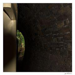...raus aus dem Tunnel....