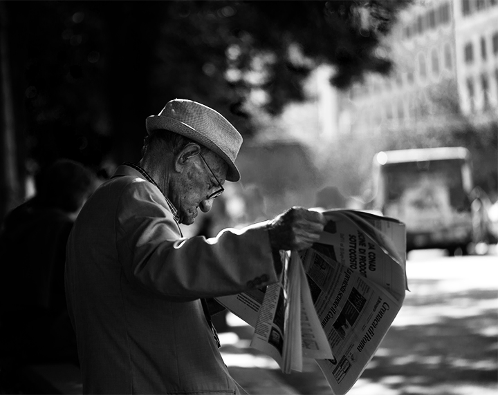 Reading the Paper, Rome