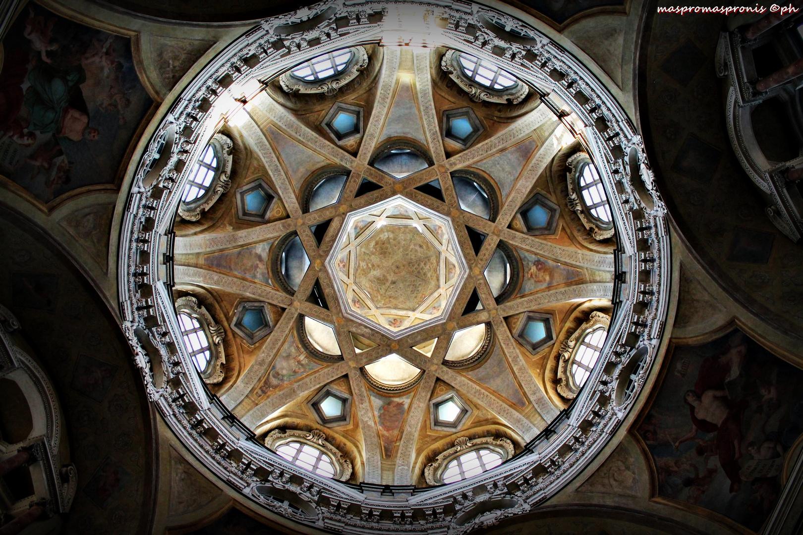 Real Chiesa di S.Lorenzo-Torino, Italia
