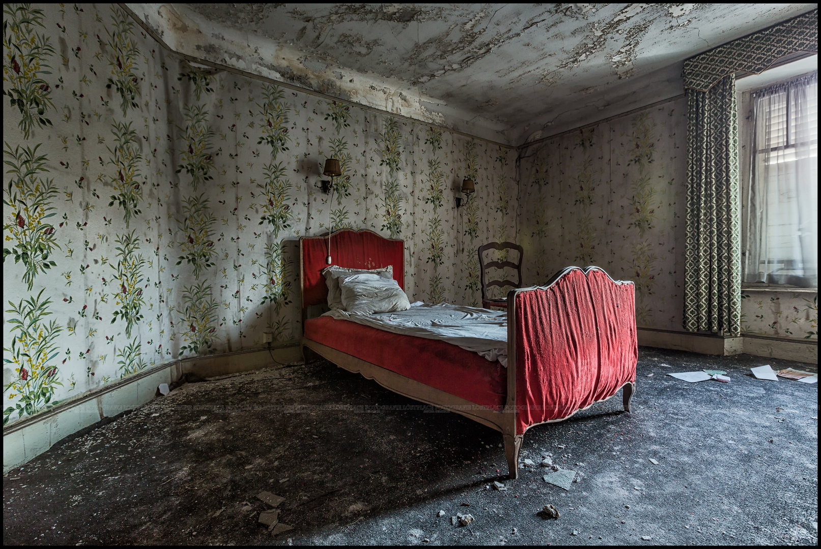Red abandoned bed