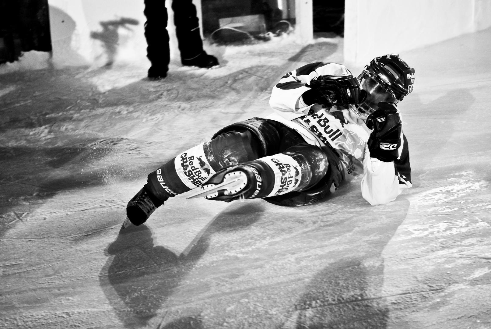 Red Bull Crashed Ice I - gelernt, wie man Bremst