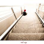 [  red cap   ]