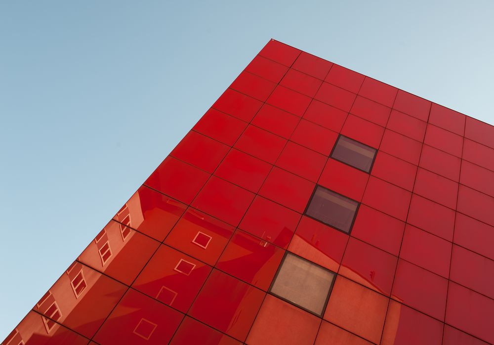 ...red cube