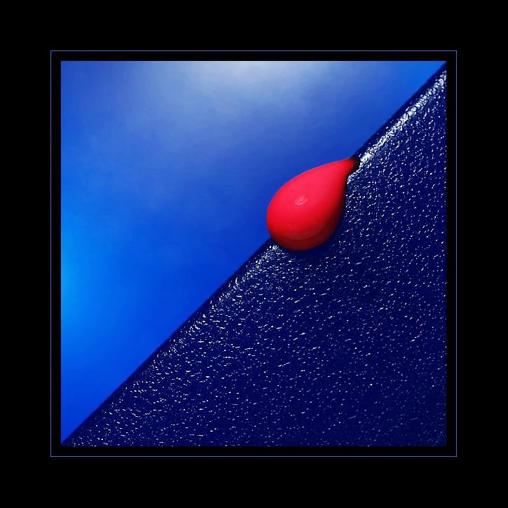 [ red drop ]