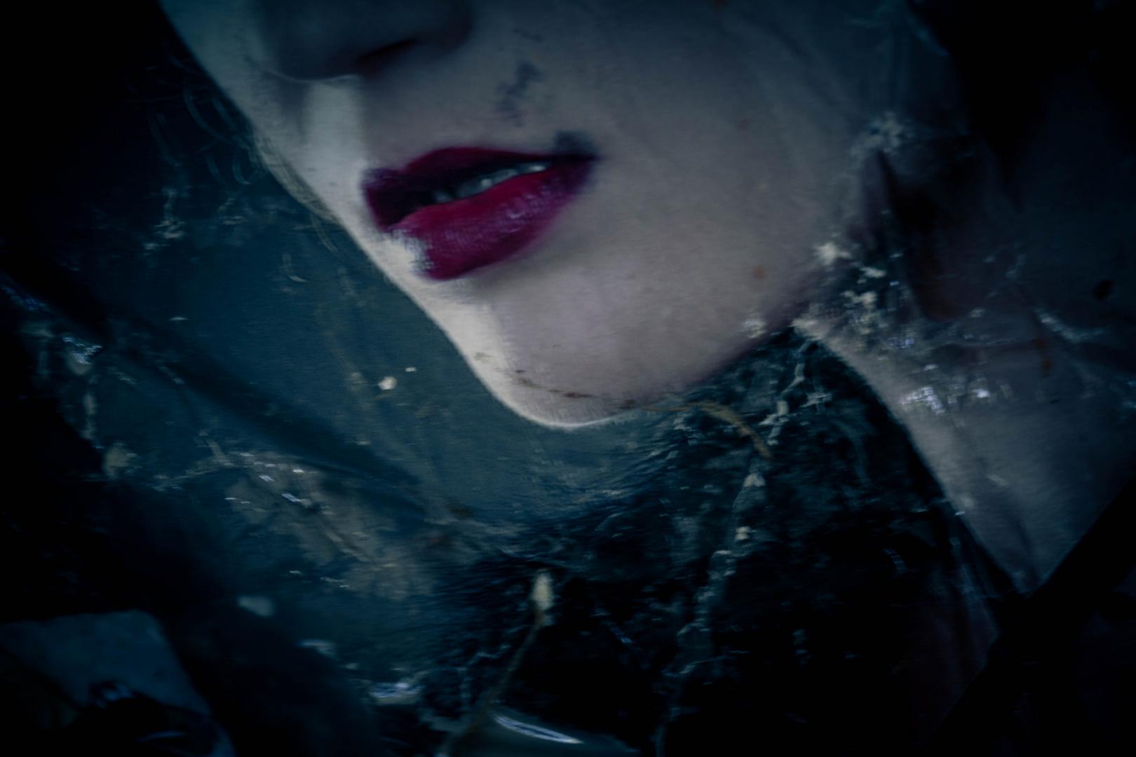 .RED lipstick