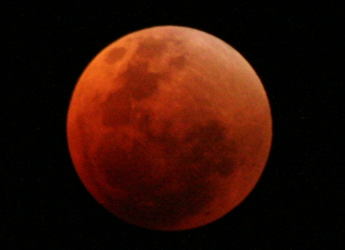 RED MOON IN SYDNEY