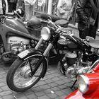 Red motorino