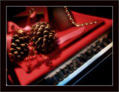 Red Tiffany