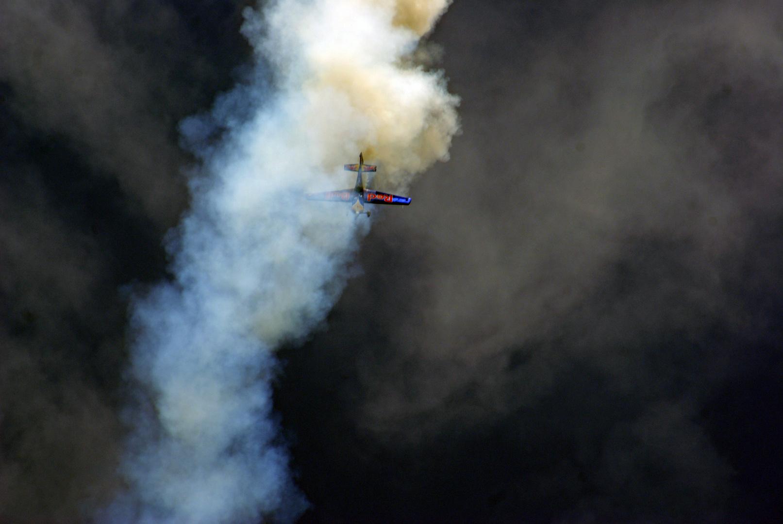 RedBull Air Race Maschine - Hannes Arch - 6.Kinifullgasday - II