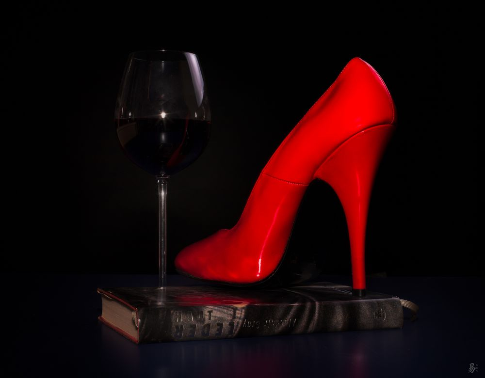 red:still:read:high:drink