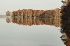 reflets autour du lac !