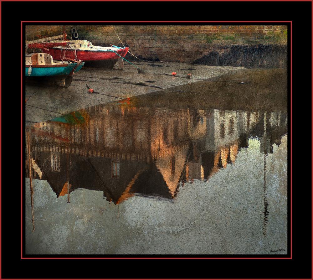 Reflets dans la ribière d'auray , à St Goustan