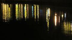 ..Reflets de nuit, dans le port du Tréport..